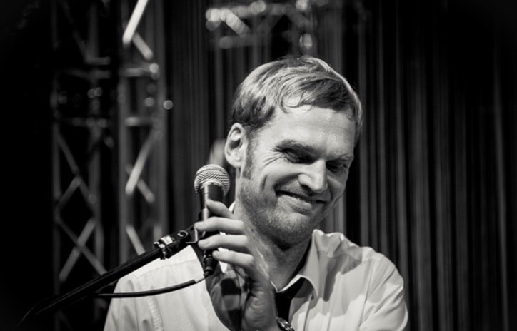 Live am Flügel: Daniel Mark Eberhard.