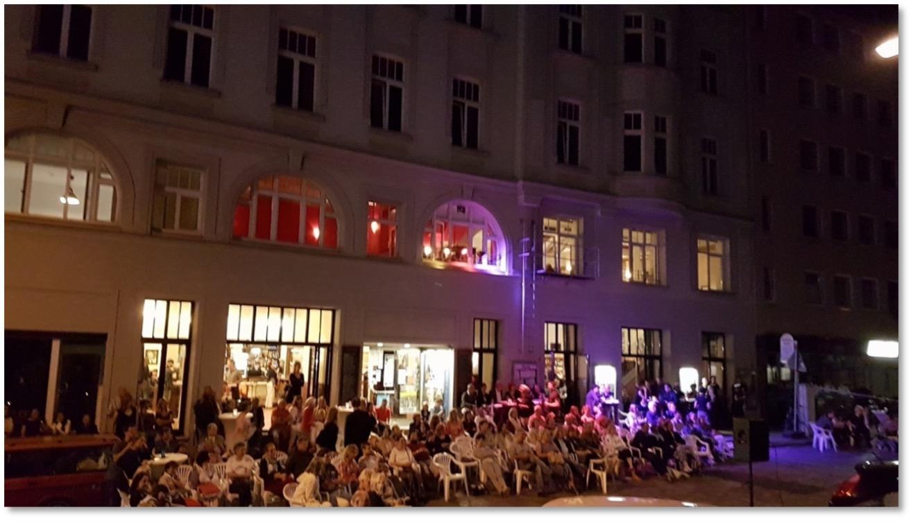 Foto 2 Lange Kunstnacht und Cinema Paradiso