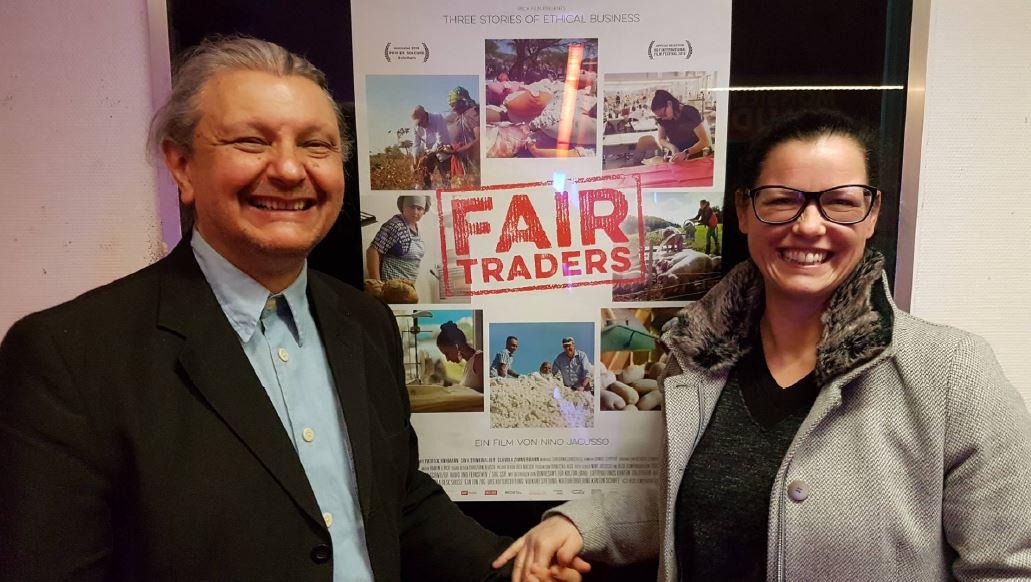 Foto 1 Fair Traders - Zu Gast: Regisseur Nino Jacusso und die Augsburger UnternehmerinSina Trinkwalder.