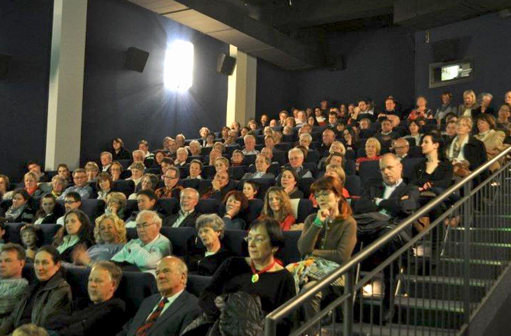 Foto 2 VORPREMIERE: MOZART mit vielen Gästen