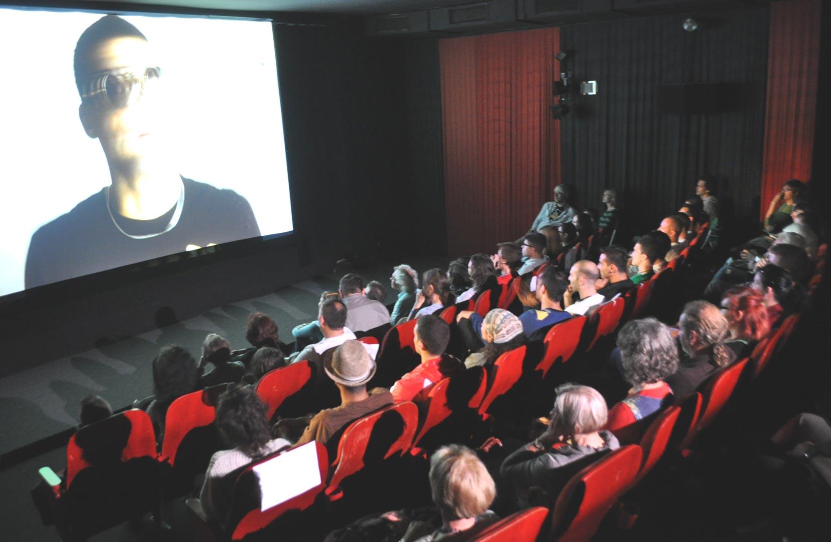 THE RISING SUN - Premiere mit vielen Gästen