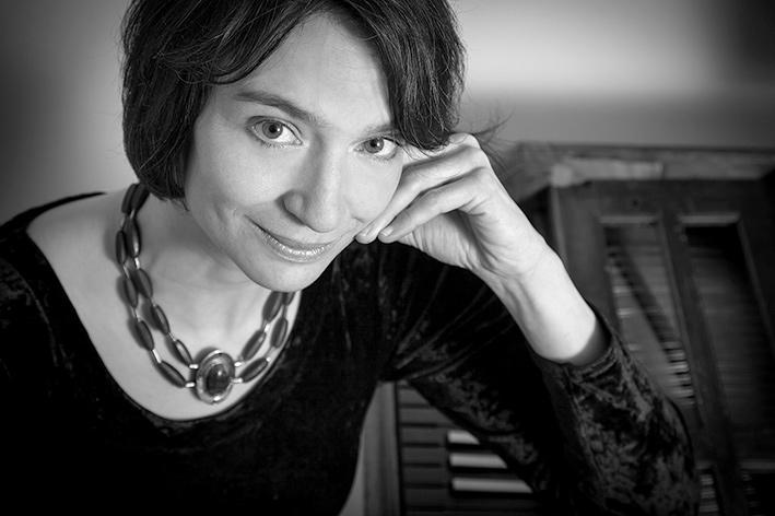 LIVE JAZZ: Stephanie Knauer, Pianistin