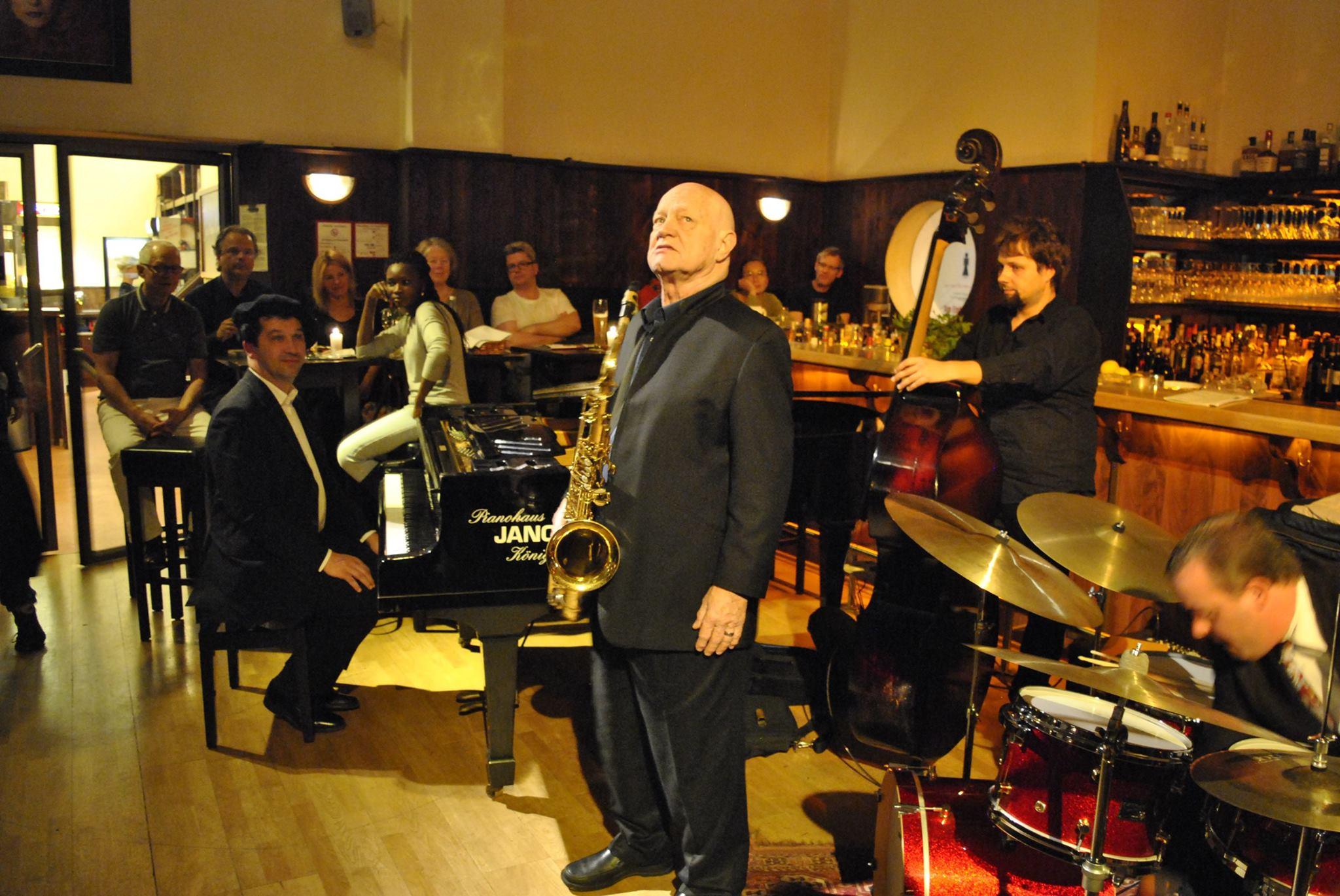 Jazzlegende Don Menza zu Gast im Thalia